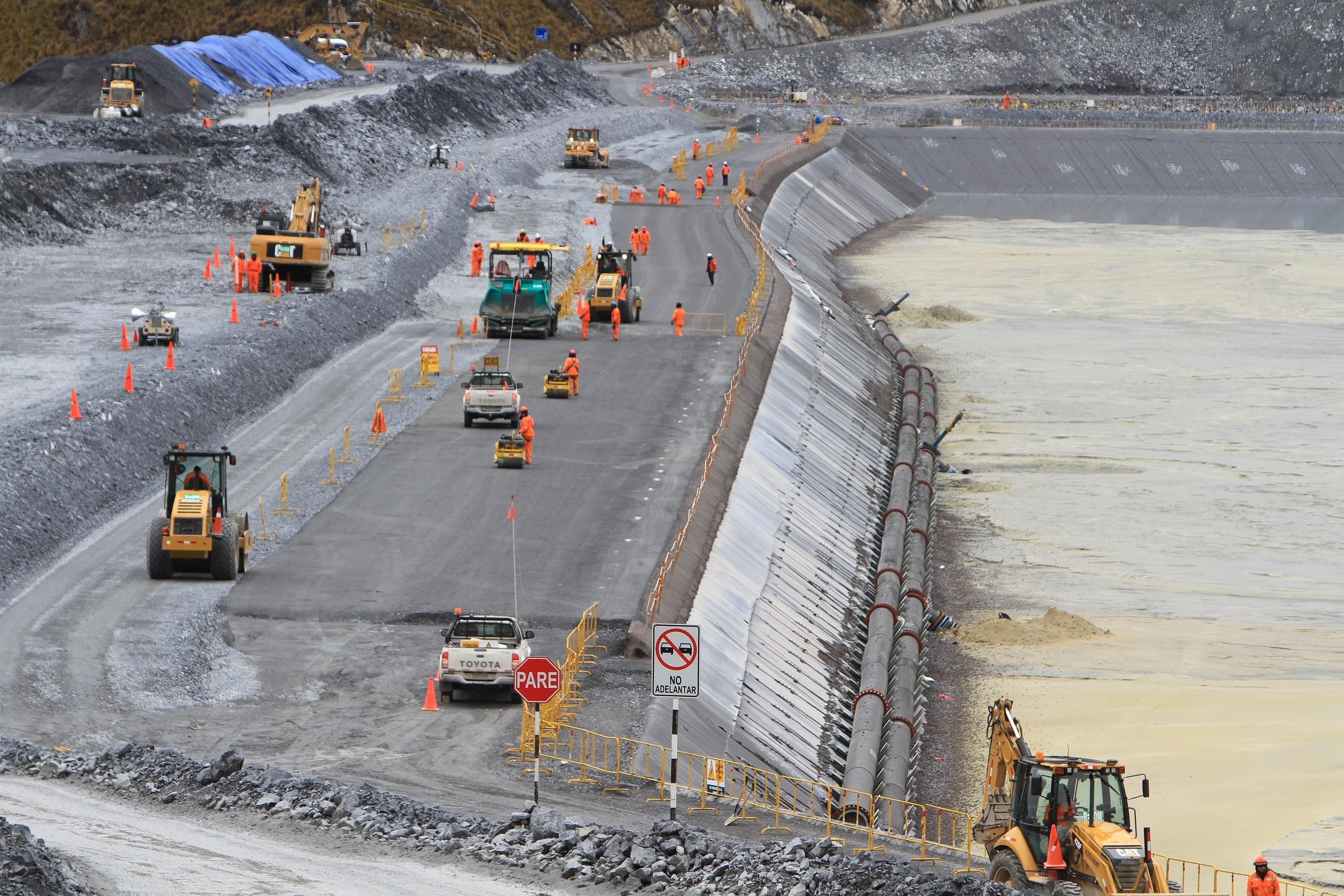 FMI eleva a 3,7 por ciento proyección de avance del PBI peruano
