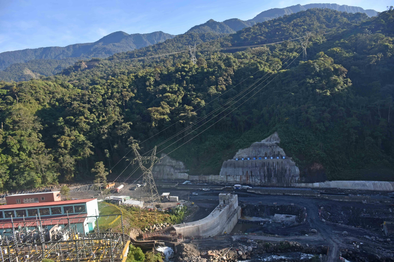 Bolivia se declara con potencial para producir 40 mil megavatios con hidroeléctricas