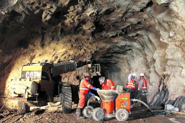 En Bolivia la minería creció 10,2 por ciento el primer trimestre de 2016