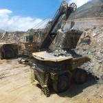 ferreyros-lanza-camion-electrico-cat-de-320-toneladas