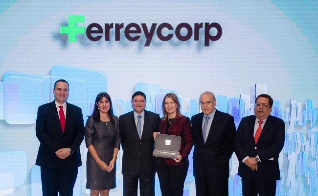 ferreycorp-recibe-la-llave-de-la-bvl-por-el-mejor-gobierno-corporativo