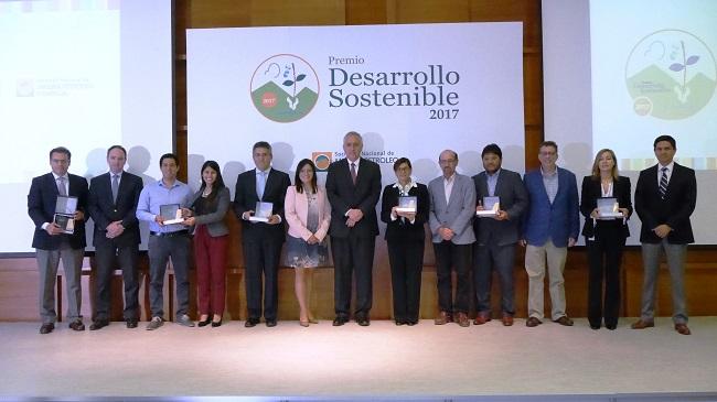 Conoce a las empresas que obtuvieron el Premio Desarrollo Sostenible 2017 de la SNMPE