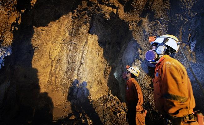 minera-volcan-duplicaria-inversion-en-exploracion-local-con-usd-27-millones