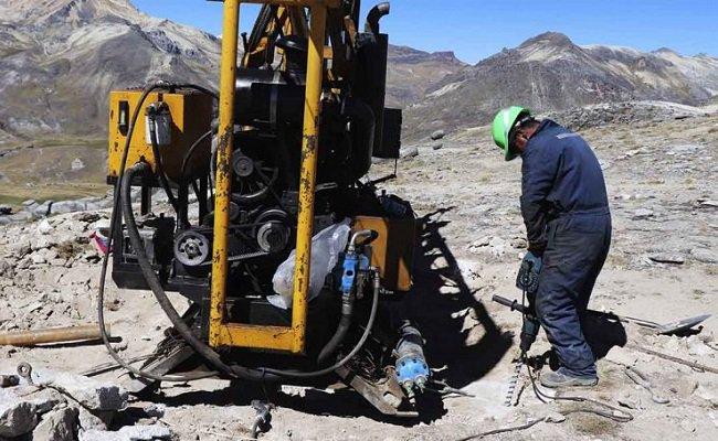 2-5-millones-de-toneladas-de-litio-seran-las-reservas-de-macusani-en-2019