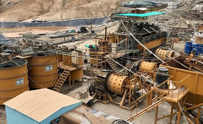pequena-productora-de-oro-en-arequipa-recibe-casi-330-mil