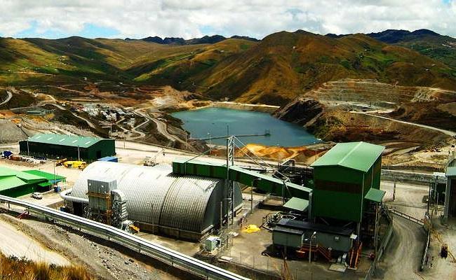 gold-fields-informa-acciones-de-limpieza-por-descarga-de-flujo-de-agua