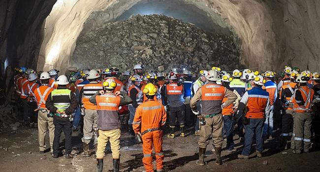 sindicatos-codelco-enfrentan-administracion-mina