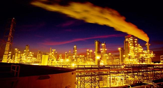 refinerias-estadounidenses-sustituyen-crudo-venezolano-por-barriles-de-shell-y-bp