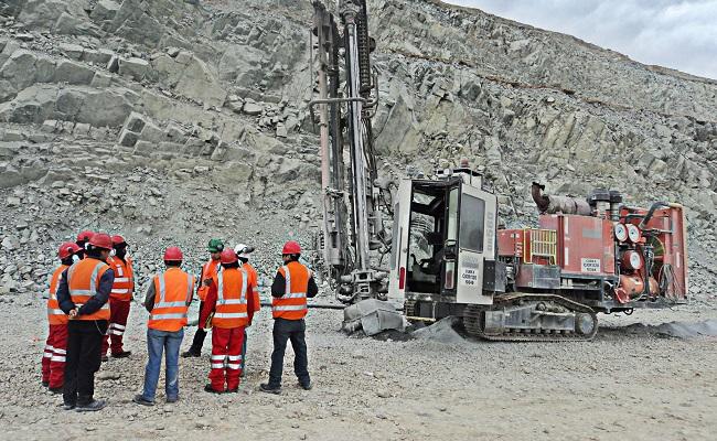 Cerro Hermoso En mayo empieza II fase de perforacion