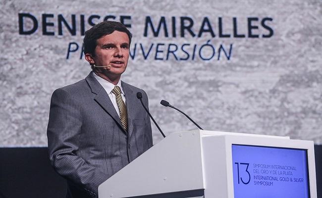 Luis Miguel Inchaustegui renuncio al viceministerio de Minas