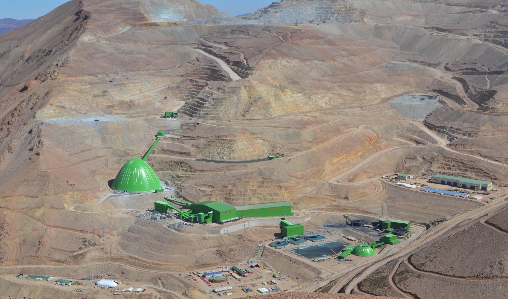 Lumina Copper venderia mina chilena Caserones valorada en mil millones de dolares