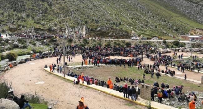 7c6b6098 Protesta contra minera ya afecta economía de Apurímac