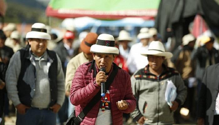 las-bambas-comuneros-exigen-presencia-del-estado-en-reunion-con-minera