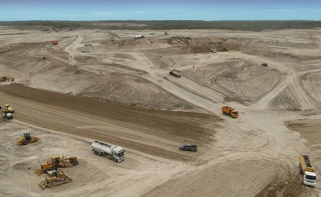 Ecuador presenta nueva politica para potenciar al sector minero
