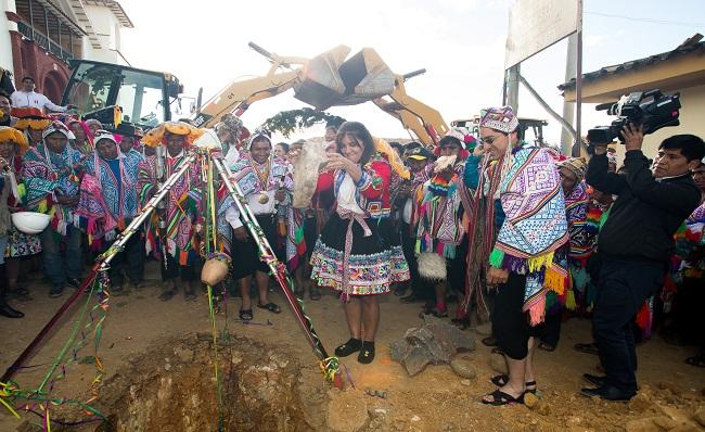 Ferreyros inicia ejecucion de nueva obra de agua y saneamiento en Cusco por mas de S 21 millones
