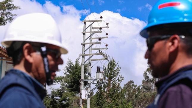 Minem invirtio S 134.5 millones en electrificacion rural entre enero y junio