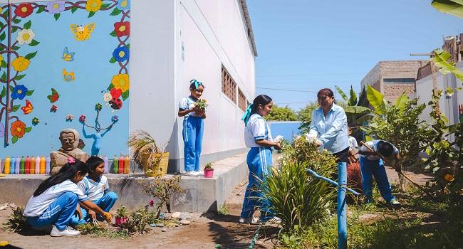 programa-educacion-ambiental-entrega-becas-90-docentes-pisco