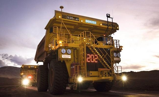 Komatsu operara 240 camiones autonomos en marzo proximo a nivel mundial