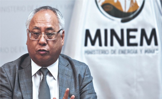 Gobierno acepta la renuncia de Juan Carlos Liu al ministerio de Energia y Minas